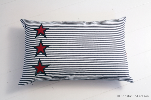 C, striped 3 stars jeans, red