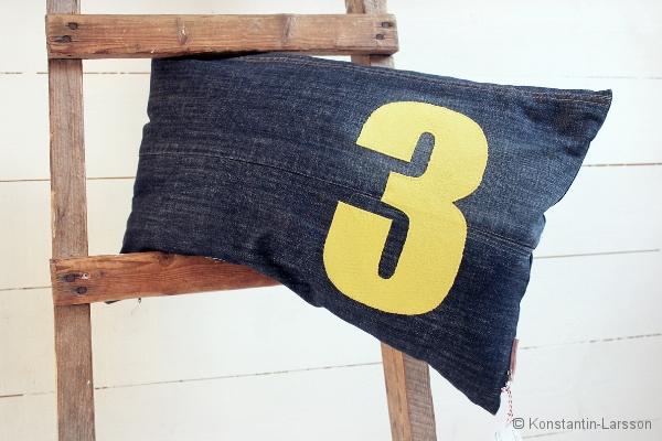 C, jeans 3, yellow